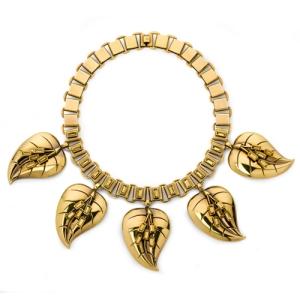 Atelier-Swarovski-by-Sandy-Powell-Leaf-Necklace---Gold---RESIZE